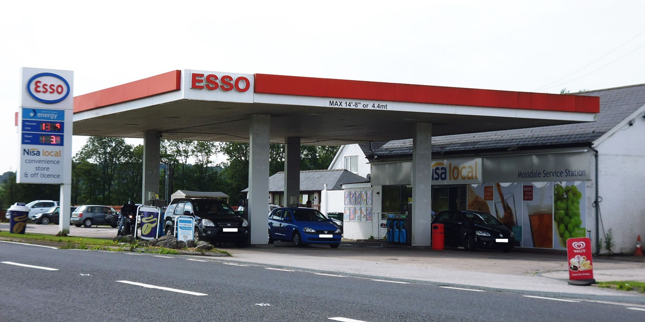 Service Station Sold For  U00a32m